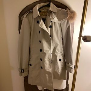Burberry trench coat with hood & removable lining